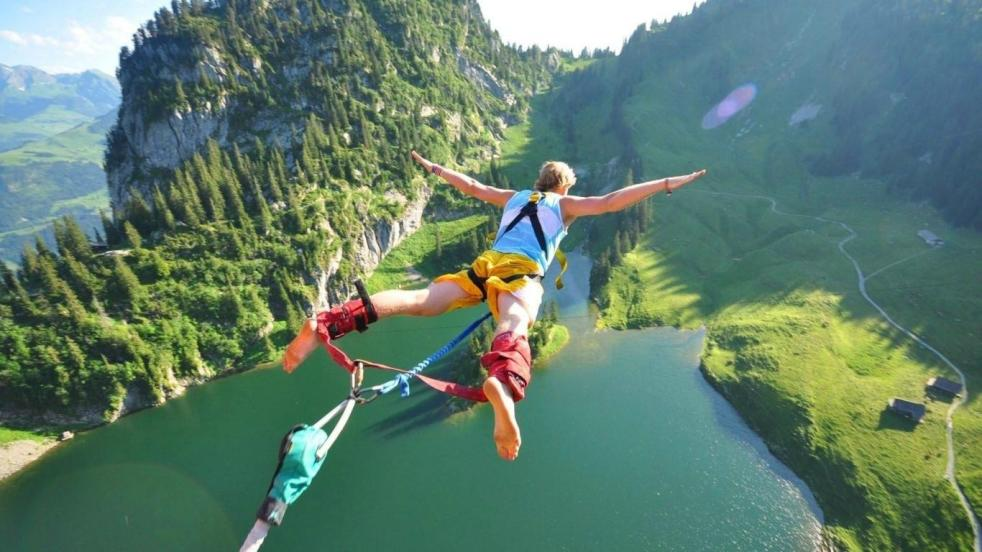 australia-bungee-jumping