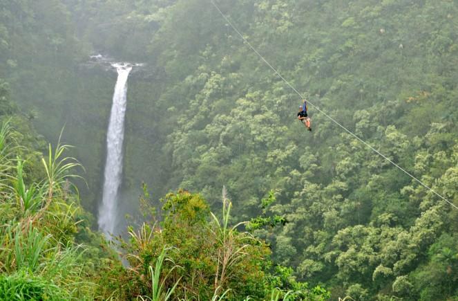 la-trb-hawaii-big-islands-akaka-falls-zipline-waterhole-20140526.jpg